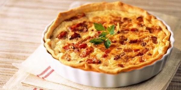 Torta Cremosa de queijo e bacon