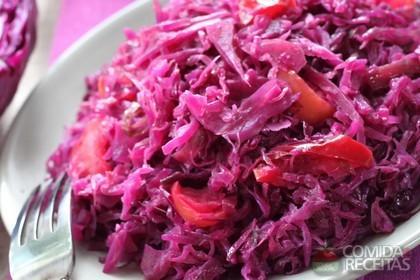 Salada quente de Repolho Roxo